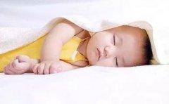 宝宝睡觉姿势;奶睡影响宝宝健康?这些好处宝妈不知道