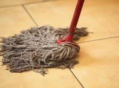 脏旧的拖把很难清洗,家政阿姨教你一招,再顽固的污渍也能清洁
